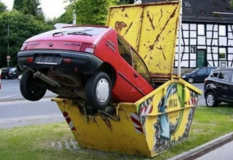 Car in Skip Bin (Optimised)